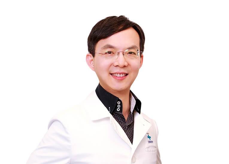 林岳鋒醫師